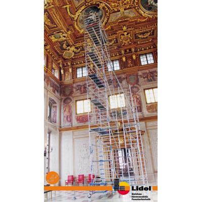 Gerüst-Turm im Goldenen Saal
