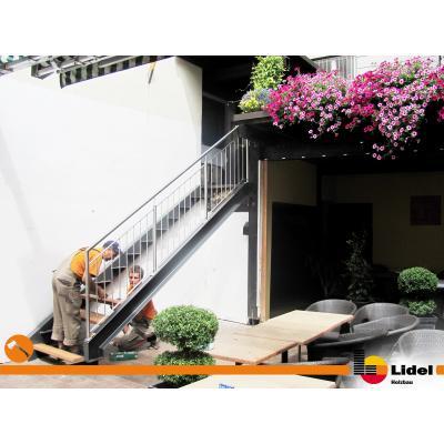 Montage der Treppe